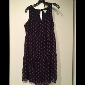 Old Navy sleeveless paisley lined tiered dress